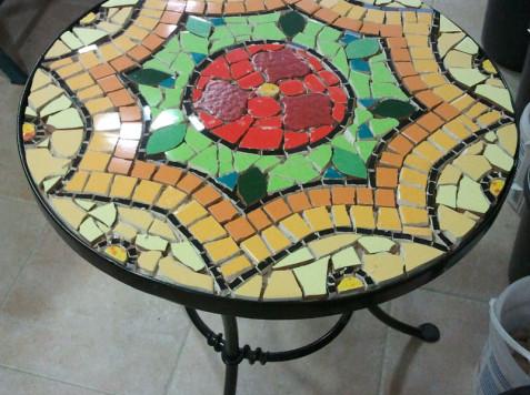 שולחן פסיפס-מנדלה של רבקה